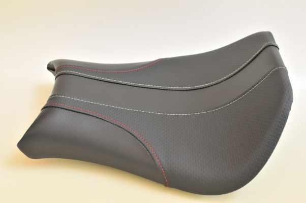 DUCATI 996 ドゥカティ996 ディンプル・銀ディンプル  バイクシート張替え シート加工 seat