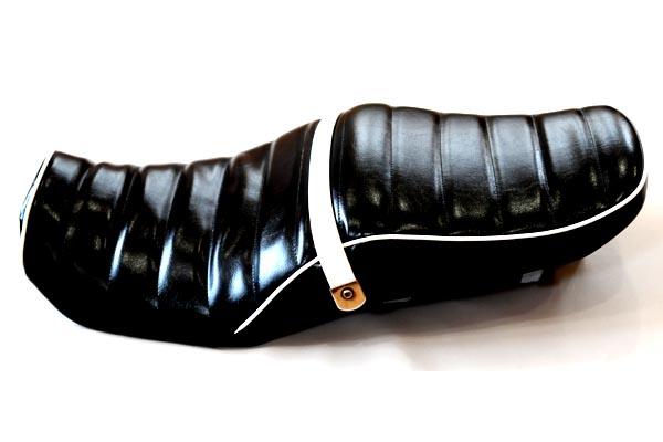 カワサキ バリオス2 KAWASAKI BALIUS2 ツヤ黒白パイピング  タックロール加工