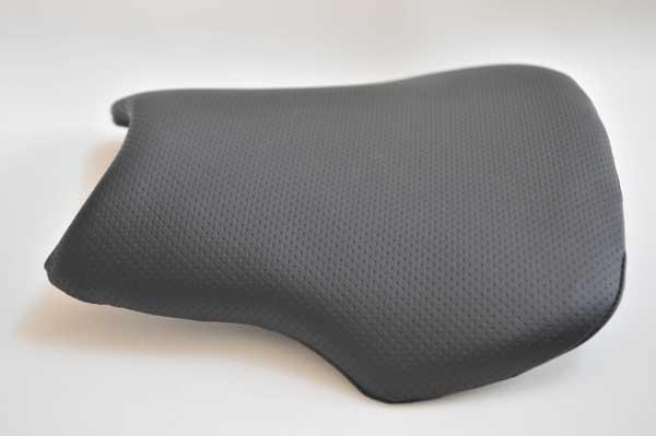 HONDA CBR600RR ホンダ カーボン柄  バイクシート張替え シート加工 seat