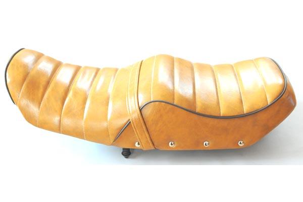 HONDA CBX400F ホンダ タックロール  バイクシート張替え シート加工 seat