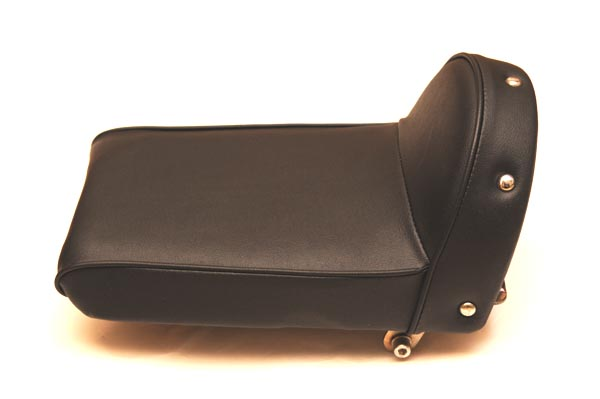 HONDA DREAM50 ホンダ ドリーム50 タックロール  バイクシート張替え シート加工 seat