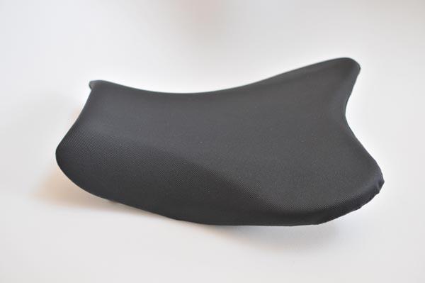 SUZUKI GSX-R1000 スズキ アンコ抜き ディンプル  バイクシート張替え シート加工 seat