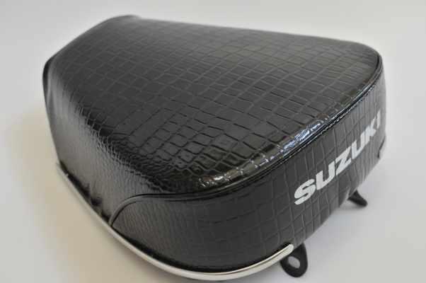 SUZUKI K125 クロコダイル ロゴ入れ バイクシート張替え シート加工 seat