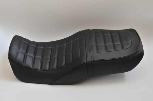 HONDA CB750 RC42 ホンダ カーボン生地ローソン仕様  バイクシート張替え シート加工 seat
