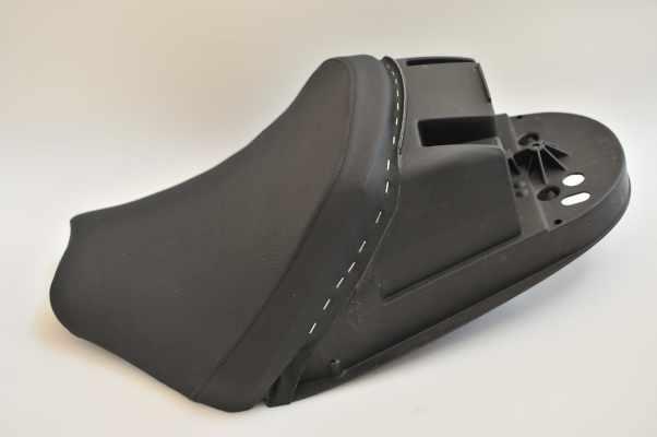 DUCATI SPORT1000 ドゥカティ スポルト1000 アンコ抜き ハイパーグリップ シート張替え シート加工 seat