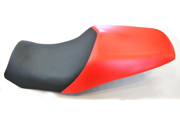ドゥカティ DUCATI ST4 ディンプル・赤  バイクシート張替え シート加工 seat