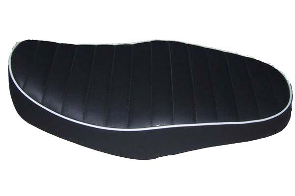 HONDA ホンダ VRX400 アンコ抜き タックロール  バイクシート張替え シート加工 seat