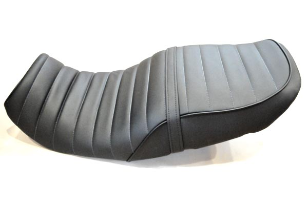 HONDA XELVIS SEAT ホンダ ゼルヴィス アンコ抜き タックロール  バイクシート張替え シート加工 seat